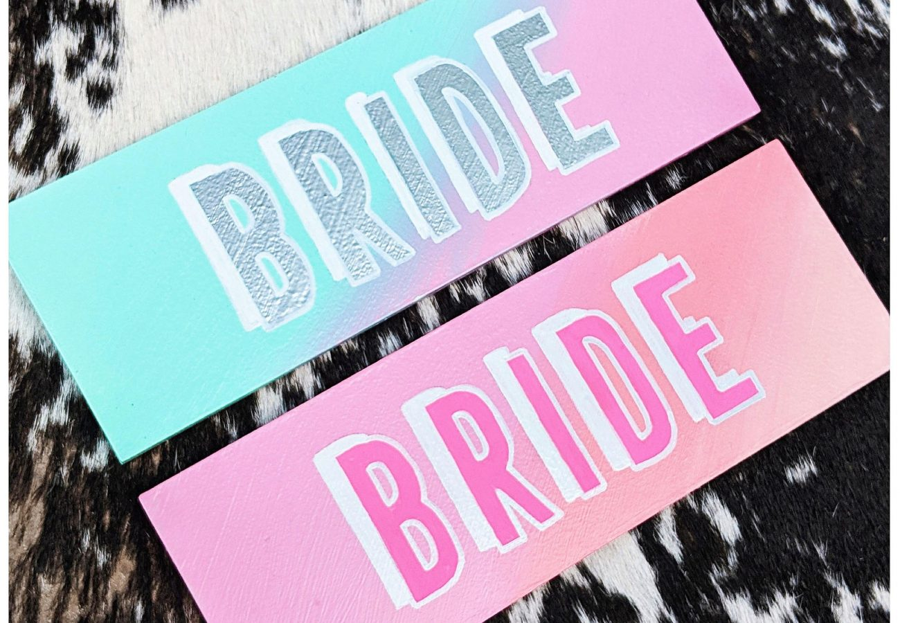 Hand letteres signage for weddings